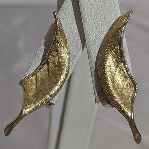 Vintage Brushed Gold Giovanni Leaf Clip Earrings